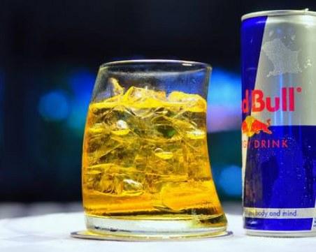 Напитките, от които стомахът ви страда
