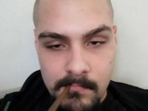 22-годишен е мъжът, стрелял по автомат за велосипеди в Бургас ВИДЕО