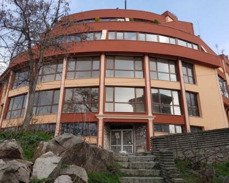 Хотел в центъра на Пловдив със сцена за Лили Иванова - строи се вече 15 години