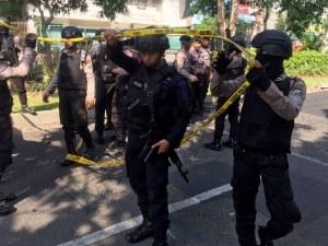6-членно семейство извършило атентатите в Индонезия