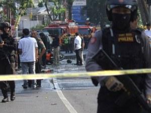 Десет души са ранени при нов атентат в Индонезия