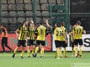 Ботев играе последния си домакински мач днес