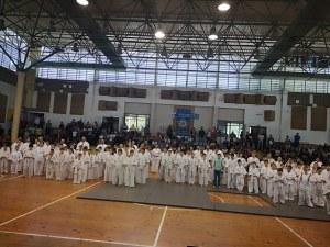 """Деца от от школите по """"Да Дао"""" взеха поредната си техническа степен в Пловдив"""