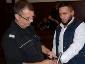 Пловдивчанин е митническият служител, който отказа 500 евро рушвет