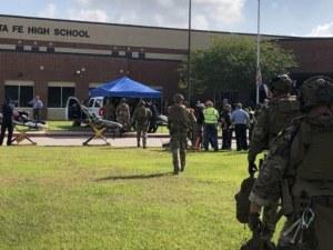 Масова стрелба в училище, съобщава се за 8 жертви