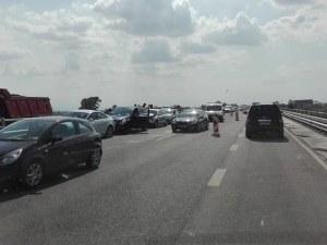 Меле край Пловдив! Две верижни катастрофи затапиха магистралата СНИМКИ и ВИДЕО