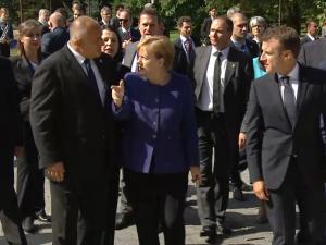 """Лиляна Павлова след срещата с Макрон и Меркел: Казахме си някои неща """"право куме в очи"""""""
