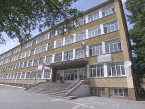 Мъжът, нападнал първокласнички в столично училище, е криминално проявен