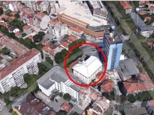 Сменят статута на пловдивска поликлиника, правят многоетажен паркинг на нейно място