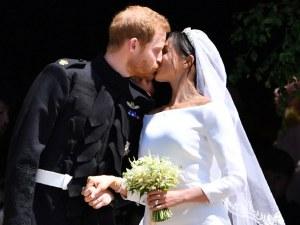 Разгадано! Какво прошепна Хари на Меган пред олтара?