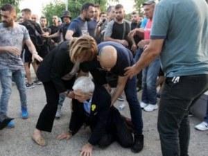 Четирима са задържани за побоя над кмета на Солун ВИДЕО