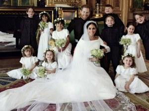 Ето ги първите официални портрети на принц Хари и Меган като семейство СНИМКИ