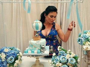 Лили Ангелова вдигна бебешко парти по американски СНИМКИ