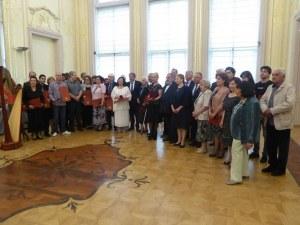 """Боил Банов връчи """"Златен век"""" на изтъкнати пловдивски радетели на културата и изкуствата"""