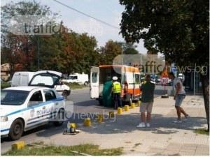 Мъж е в болница, съседът му го помете с колата в Пловдивско