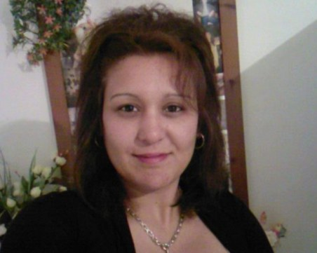 Продължава издирването на бременната Деси, изчезнала на о-в Крит