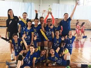 Малките маричанки спечелиха зона Тракия без загубен гейм