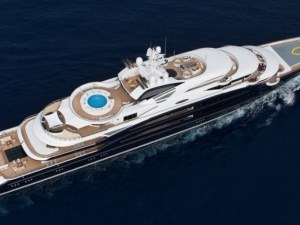 Руски олигарси с яхти за над 1 милиард долара СНИМКИ