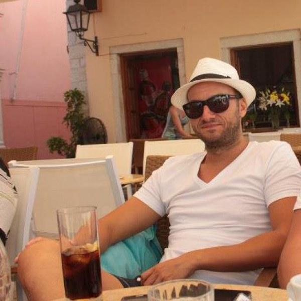 Загиналият на магистралата край Пловдив е търговец на земеделска техника СНИМКИ