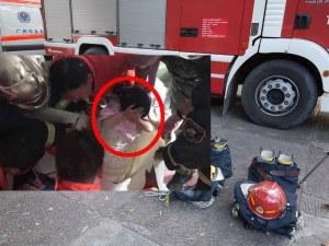 4-годишно дете се заклещи в пералня, вадиха го 8 пожарникари ВИДЕО