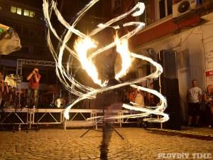Огнено шоу сложи край на Капана фест СНИМКИ