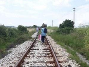 Влакът Пловдив-Панагюрище се запали в движение, пътниците ходили пеш 3 километра
