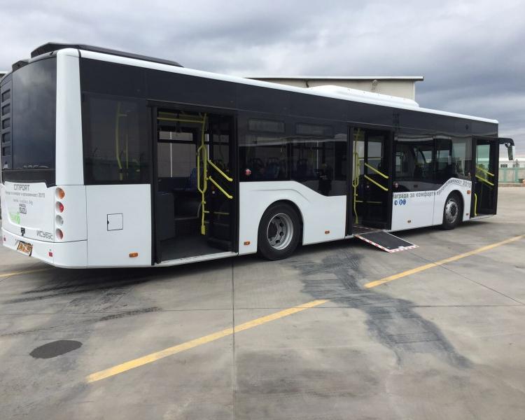 Жегата превърна пловдивските автобуси в сауни на колела СНИМКИ