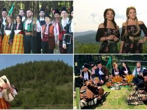 Гласовитите Калина и Невена от Пловдив огласиха Родопа планина и накараха птиците да затихнат ВИДЕО