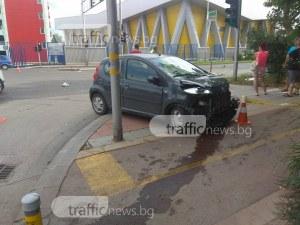 Единият от пострадалите при мелето до Панаира изпаднал от колата след удара СНИМКИ