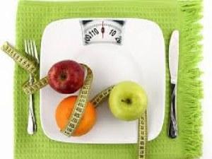 Прекаляването с храната може да значи глад, преяждане или очистване