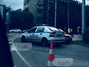 """Спряха движението от """"Източен"""" за бул. """"Хр. Ботев""""! На мястото има полиция СНИМКИ"""