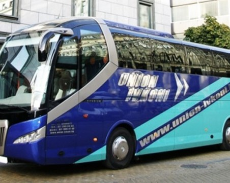 Печално известна автобусна компания уж няма задължения, пък дължи 4 млн. лева на НАП