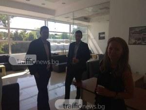 Иван Тотев и Евелин Парасков си стиснаха ръцете след скандала за колелото на Водната палата СНИМКИ
