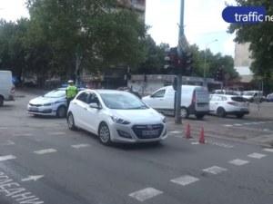Пловдивски зъболекар пръв е помогнал на пометената пешеходка в Кючука СНИМКИ