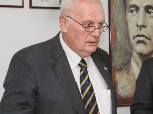 Сертификат за благотворителност от МУ-Пловдив получи почетния консул на България в Белгия