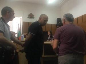 """Отложиха делото срещу сводника Джото, една от """"служителките"""" му не се яви"""