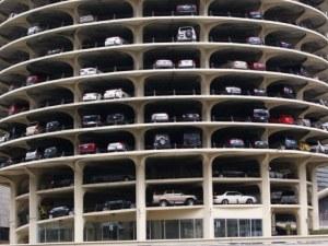 """Коригират височината на многоетажния паркинг в """"Тракия"""""""