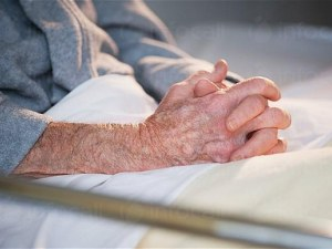 Три сестри обвиниха Дом за възрастни хора край Пловдив за смъртта на баща им