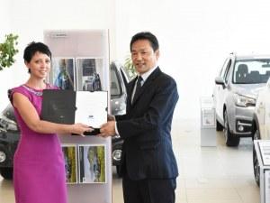 Висшият мениджмънт на Subaru  в Пловдив за откриването на новия шоурум на японската марка