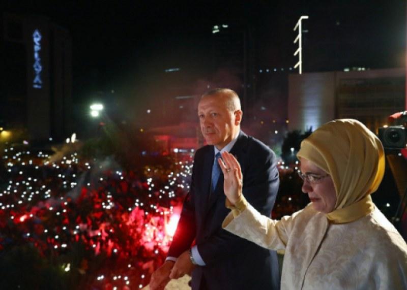 Окончателно: Ердоган спечели вота в Турция, партията му обаче губи мнозинство