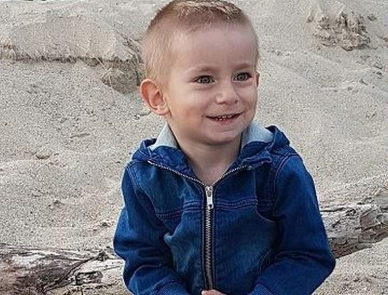 Да помогнем на 4-годишния Никола да тича с връстниците си!