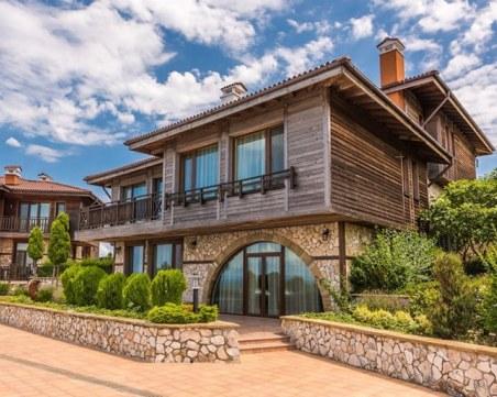 Къща за  1,4 милиона евро на родното Черноморие се бори за най-желана на света