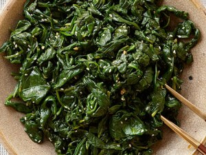 4-те зеленчука, които са по-полезни, ако са сготвени
