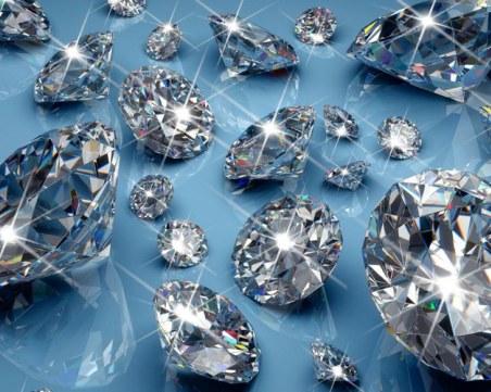 Екзотични скъпоценни камъни  идват в Двореца в Балчик