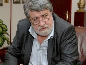 Вежди Рашидов дарява депутатската си заплата за дъщерята на поетесата Маргарита Петкова