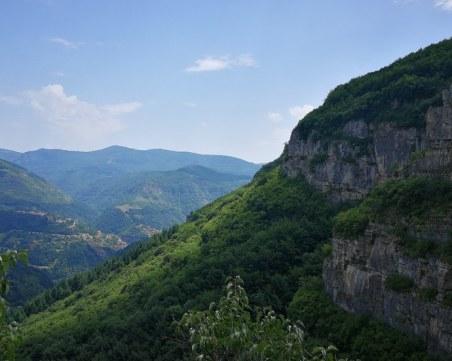 По стъпките на Вазов: Екопътека, която трябва да посетите СНИМКИ