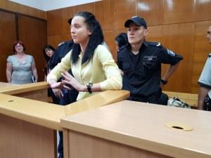Танцьорката Габриела отново застава пред съда – иска да се прибере вкъщи