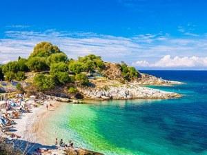 37-годишна майка почина, след като яде сурово пиле на почивка в Гърция