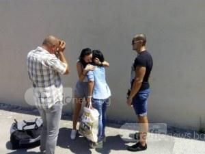 Сълзи и прегръдки пред ареста! Габриела напусна килията СНИМКИ и ВИДЕО
