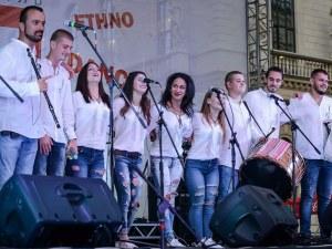 Пловдивски студентивзривиха публиката в Санкт Петербург СНИМКИ